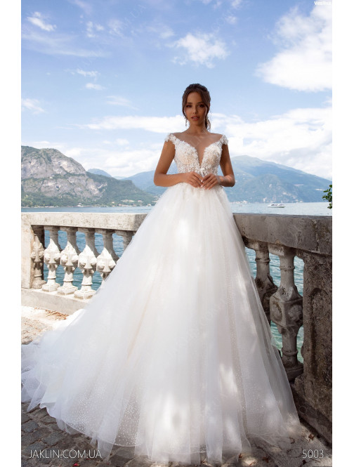 Wedding dress 5003