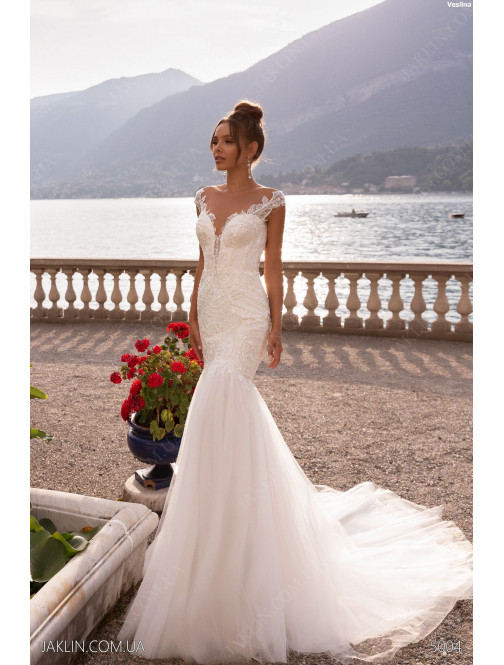 Wedding dress 5004