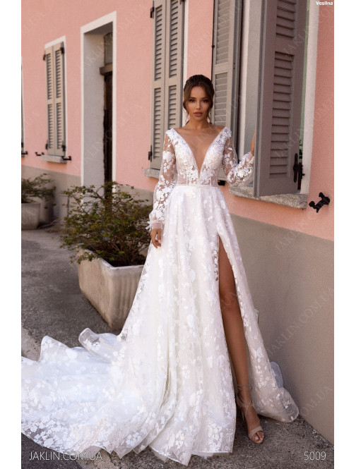 Wedding dress 5009