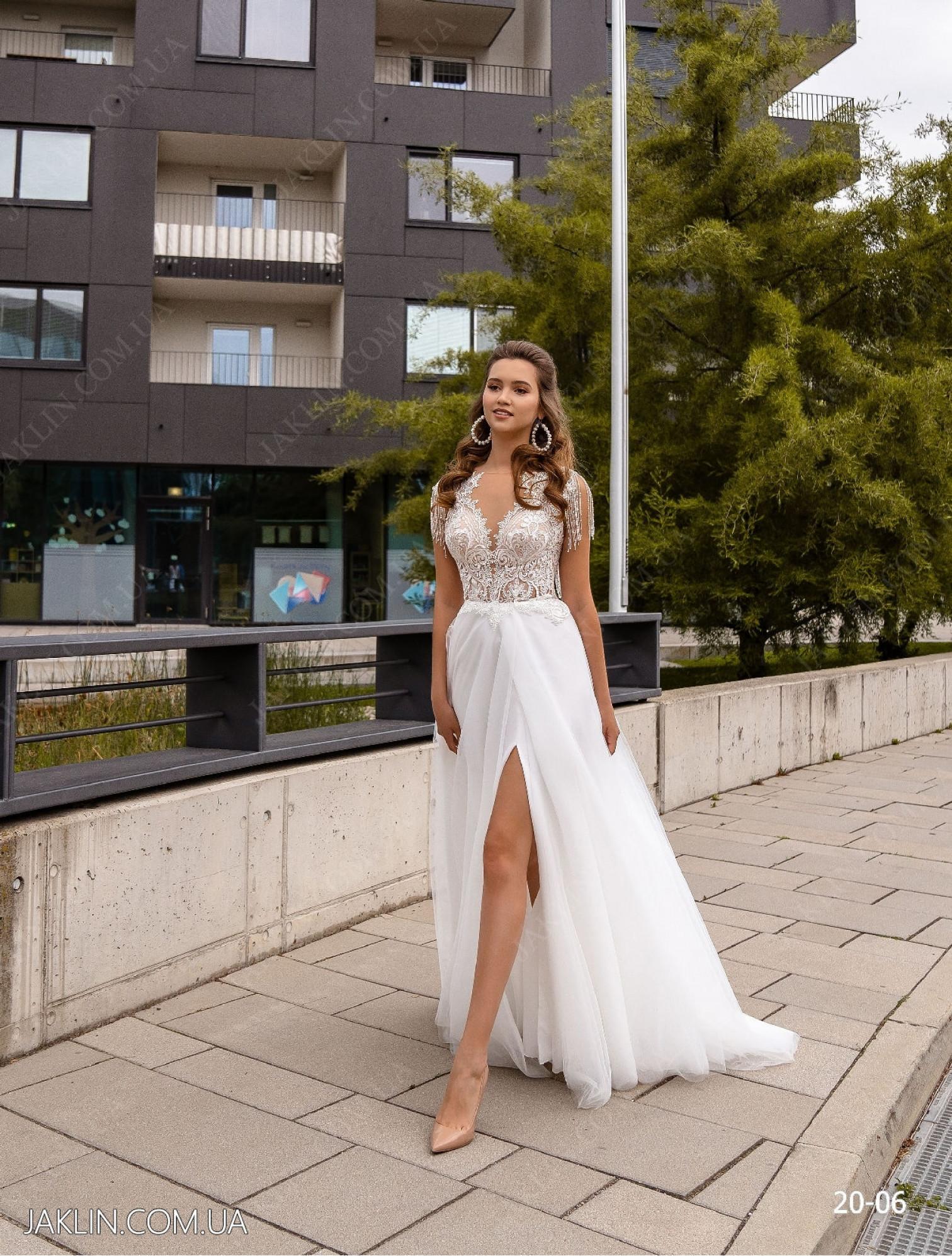Весільна сукня 20-06