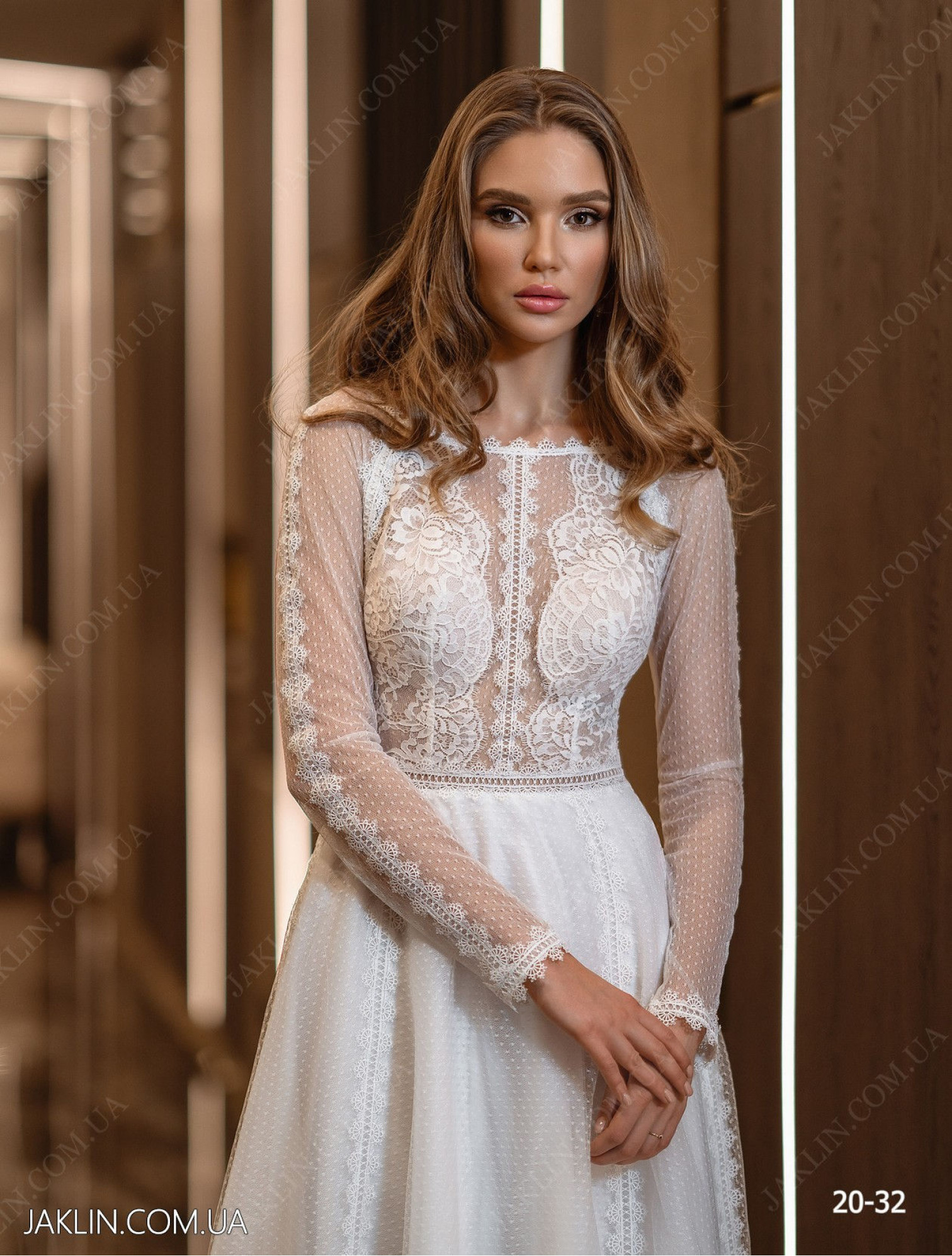 Wedding dress 20-32
