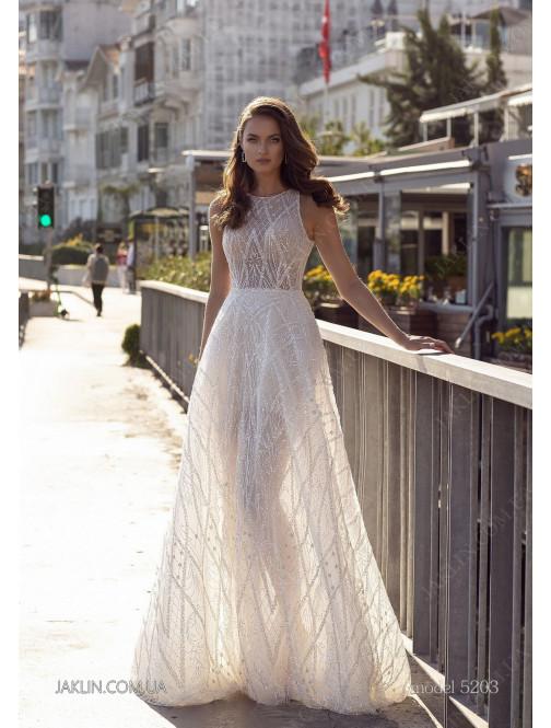 Wedding dress 5203