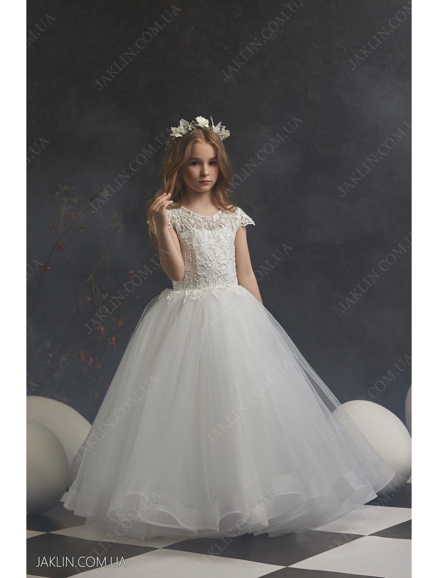 Child dress 3033