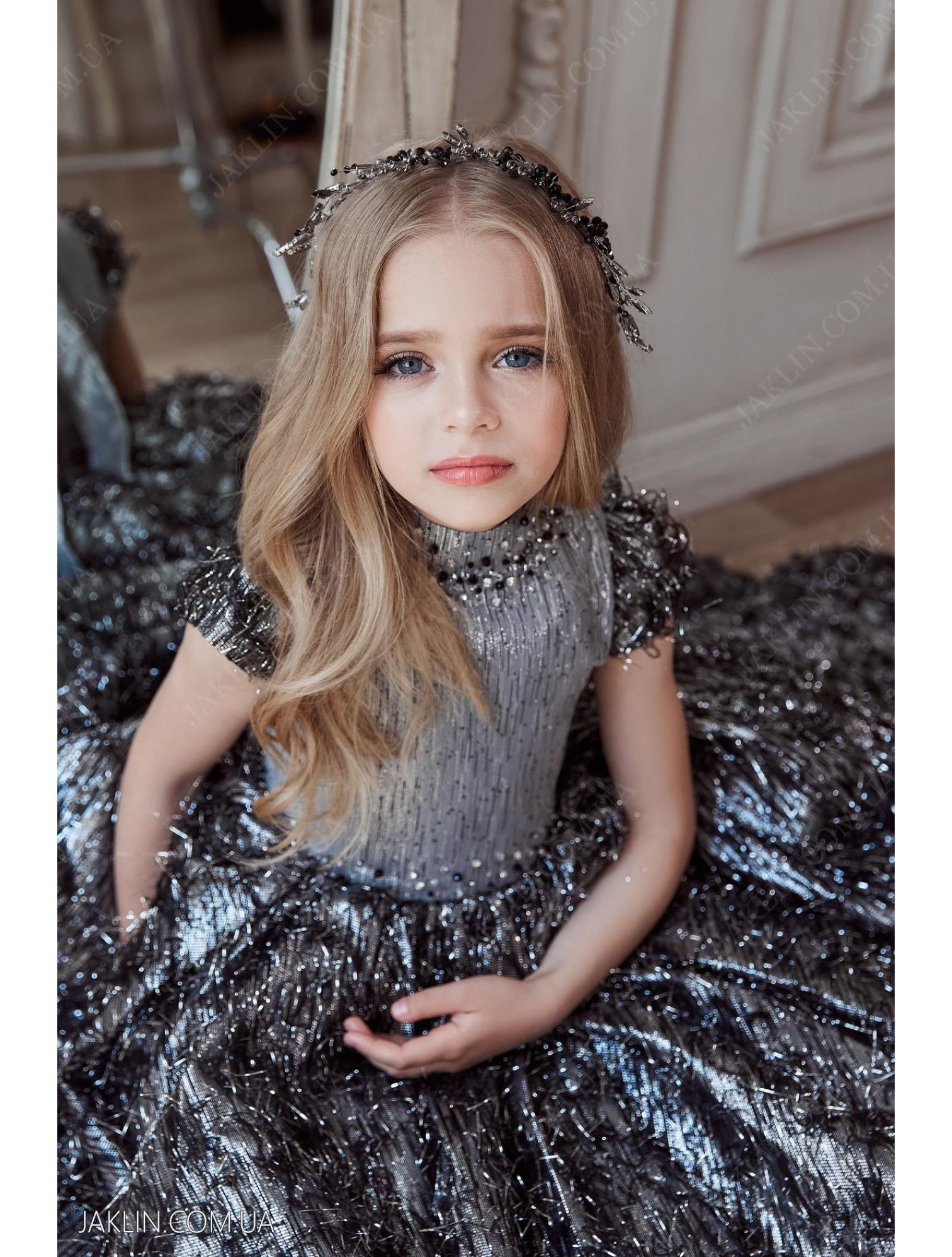 Child dress 3138