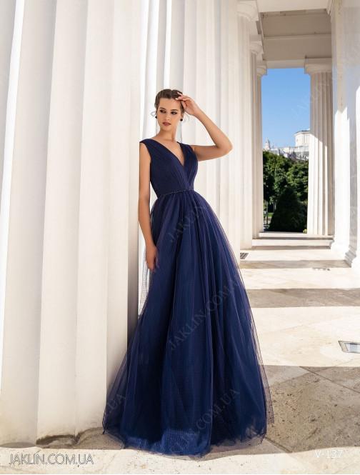 Вечернее платье V-137