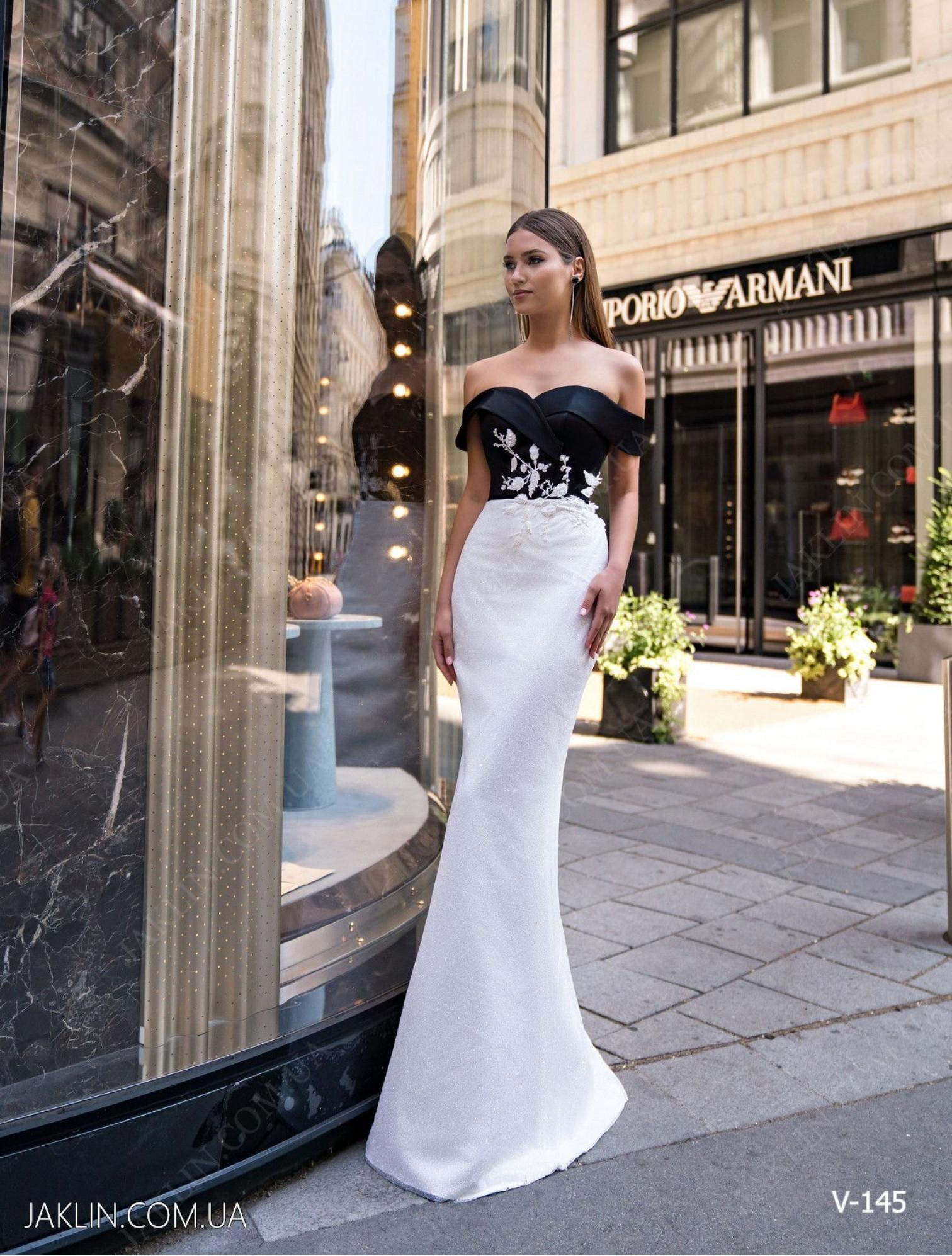 Evening dress V-145