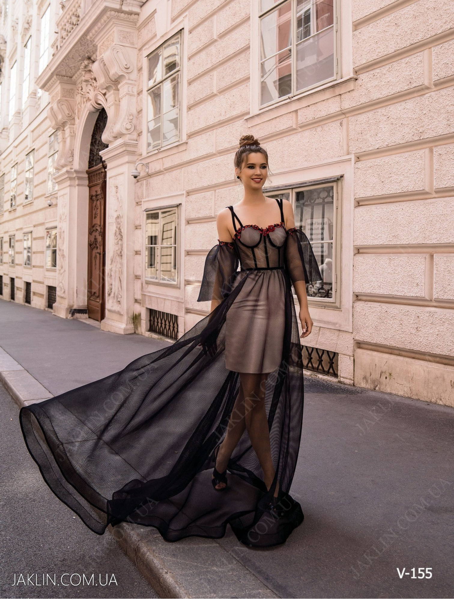 Вечернее платье V-155